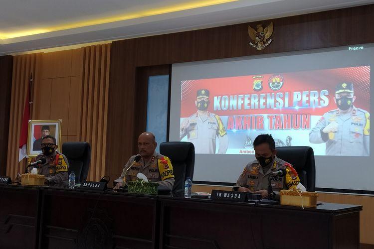 Kapolda Maluku, Irjen Pol. Refdi Andri saat memberikan kterangan kepada wartawan di Kantor Polda Maluku, Kamis (31/12/2020) sore