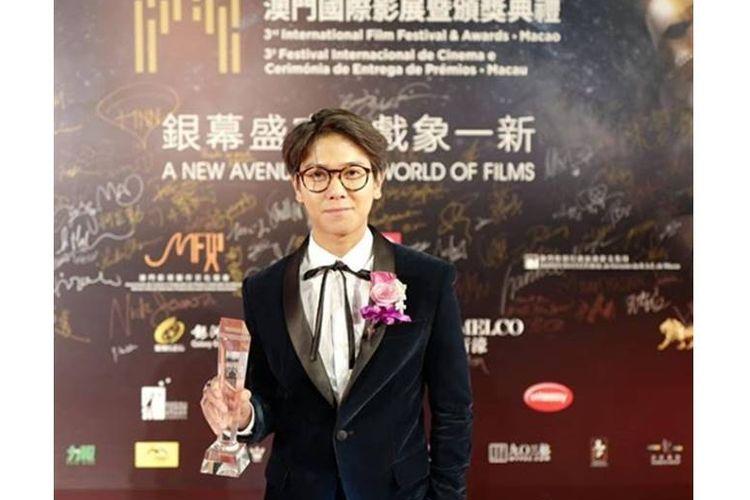 Iqbaal Ramadhan raih penghargaan di ajang penghargaan film internasional.