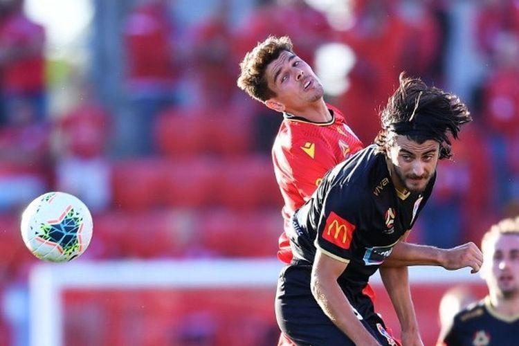 Salah satu pertandingan di kasta tertinggi Liga Australia, A-League.