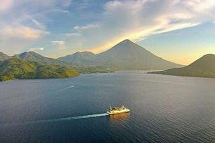 Tidore di Maluku Utara.
