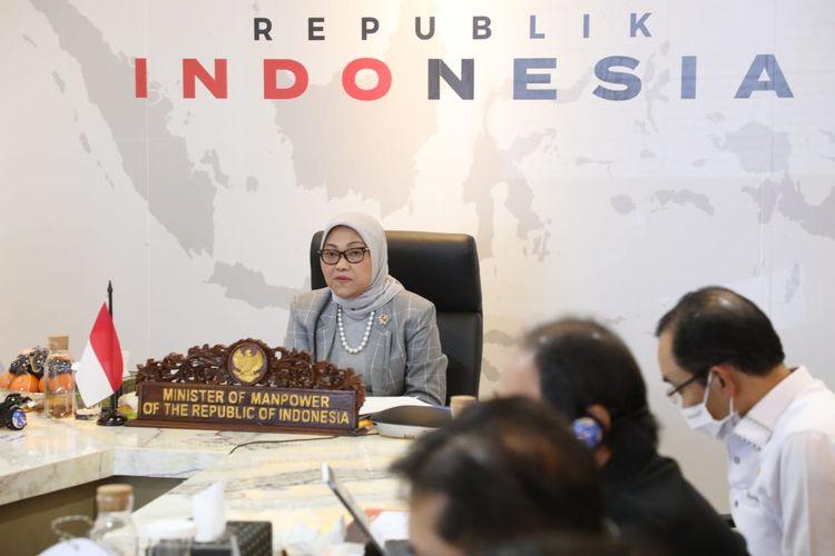 Menteri Ketenagakerjaan Ida Fauziyah kepada Organisasi Buruh Internasional (ILO) memaparkan langkah-langkah pemerintah menekan jumlah pengangguran selama pandemi Covid-19 secara virtual, Kamis (2/7/2020).