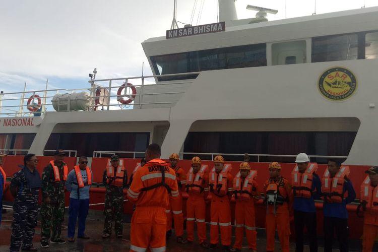 Memasuki hari ke empat, proses pencarian korban KM Lintas Timur yang diduga karam di perairan laut Banggai Kepulauan terus dilakukan.