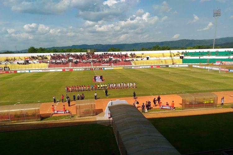 Suasana Stadion Sultan Agung, Bantul saat laga Persiba Bantul melawan Persis Solo pada laga ketiga di grup IV Liga 2, Minggu (7/5/2017). Laga itu berakhir dengan skor 1-1.