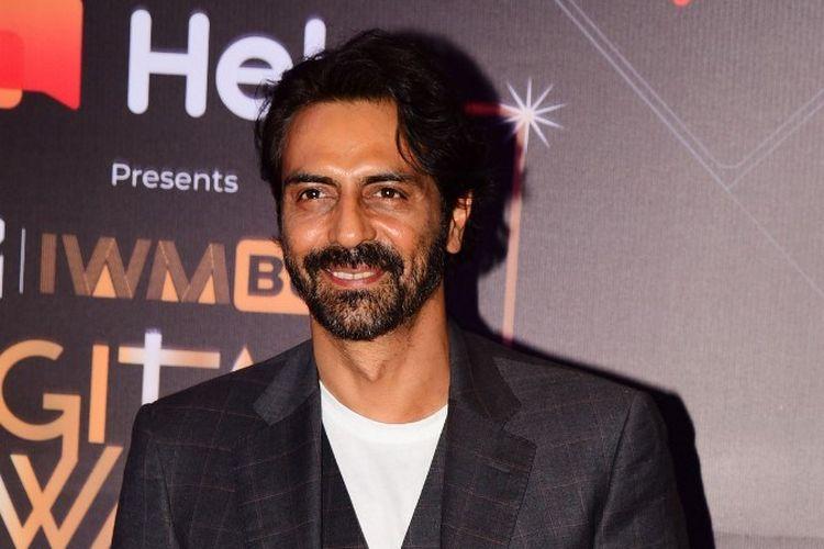 Aktor Bollywood Arjun Rampal menghadiri MTV IWM Buzz Digital Awards di Mumbai, India, pada 12 Novemebr 2019.