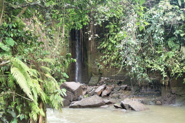 Air Terjun Kemenuh yang terletak di Desa Kemenuh, Kecamatan Sukawati, Kabupaten Gianyar, Bali. Foto diambil pada Sabtu (10/11/2018).