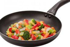 Waspadai, Alat Masak Anti Lengket Bisa Racuni Makanan