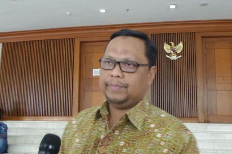 Wakil Ketua Komisi II DPR Lukman Edy di Kompleks Parlemen, Senayan, Jakarta, Selasa (10/1/2017)