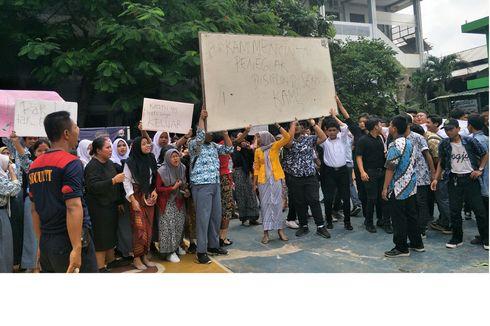[POPULER JABODETABEK] Demo Pelajar Bela Guru yang Pukul Siswa SMAN 12 Bekasi | Harga Robot Damkar Rp 32 M