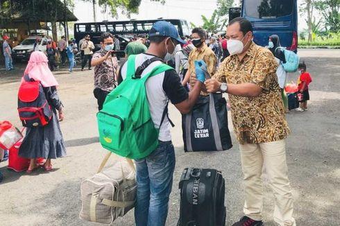 Puluhan Pengungsi Gempa Sulbar Pilih Pulang Kampung ke Jatim