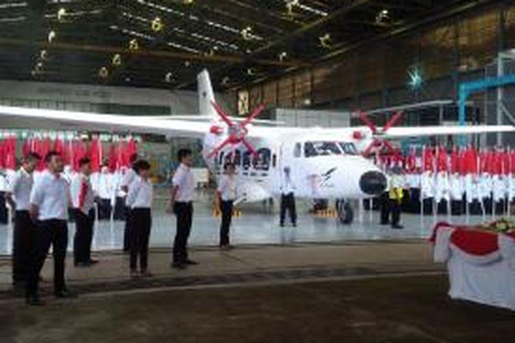 Wajah pesawat transport nasional N219 dalam Penerbangan Pertama N219 di Bandung.