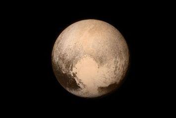 Pluto Itu Planet atau Bukan? Berikut Penjelasan Ahli