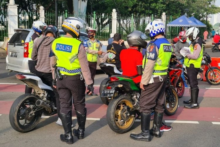 Pemeriksaan Polisi