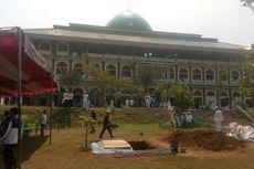 Pelayat Terus Berdatangan ke Lokasi Pemakaman Ustaz Arifin Ilham di Bogor
