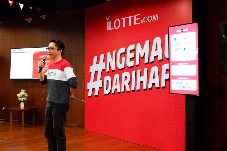 Ardi Sudarto selaku Chief Marketing Officer iLOTTE.com memberikan presentasi singkat mengenai iLOTTE.com