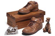 Balai Lelang Sotheby's Melepas Delapan Sneakers Langka