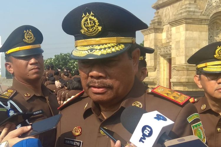 Jaksa Agung Muhammad Prasetyo saat ditemui di Taman Makam Pahlawan Kalibata, Jakarta Selatan, Minggu (21/7/2019).