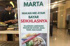 Makan Mie Ayam Marta di Mal, Tamu Boleh Bayar Seikhlasnya untuk Amal