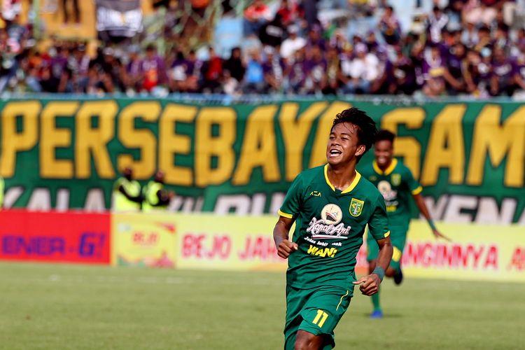 Salah satu pemain muda Persebaya Surabaya musim 2020, Supriadi.