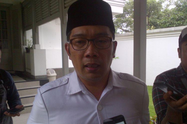 Wali Kota Bandung Ridwan Kamil saat ditemui wartawan di Pendopo Kota Bandung, Jalan Dalemkaum, Senin (5/6/2017).
