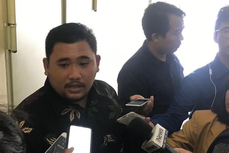 Ketua DPP Jaringan Aktivis (JARAK) Indonesia Donny Manurung, di Gedung Bareskrim Polri, Jakarta Selatan, Senin (10/2/2020).