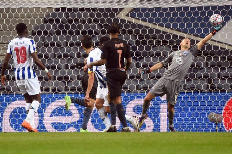 Para pemain Manchester City tak bisa menembus gawang kiper Agustin Marchesin dan pertahanan lima bek Porto pada lanjutan laga Grup C Liga Champions pada Rabu (2/12/2020) dini hari WIB.