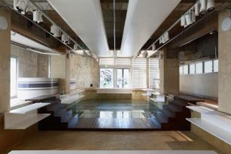 Nobuo Araki dari kantor arsitektur The Archetype Jepang merenovasi
