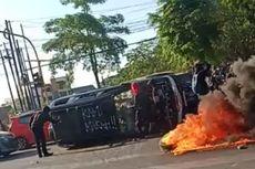 Aksi Anarkistis di Depan Pintu 1 Unhas, 2 Mobil Pelat Merah dan Dirusak dan Digulingkan