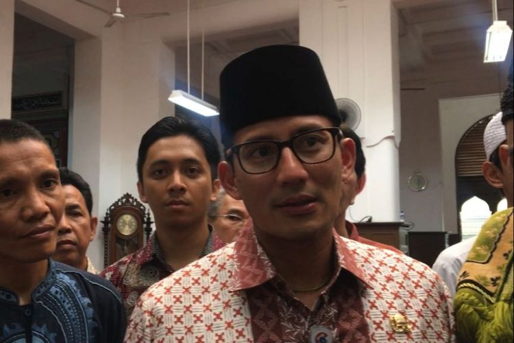 Wakil Gubernur DKI Jakarta Sandiaga Uno di Masjid Cut Meutia, Menteng, Jakarta Pusat, Jumat (3/11/2017).