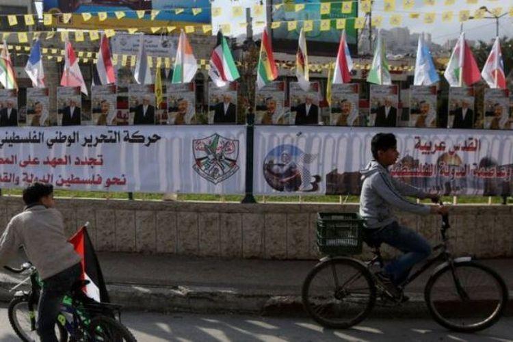 UNRWA telah membantu rakyat Palestina baik di dalam maupun di luar wilayah Palestina sejak 1950.  (EPA via BBC)