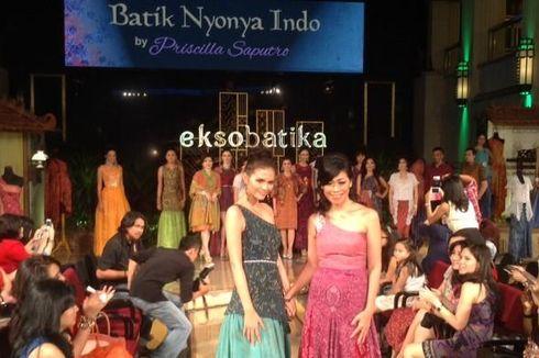 Batik Nyonya Indo Dikenakan Miss Universe hingga Miss World