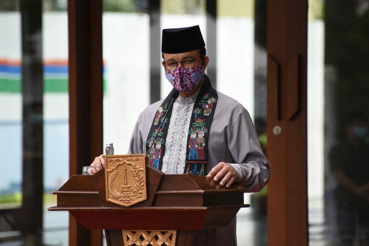 Gubernur DKI Jakarta Anies Baswedan meresmikan Masjid Amir Hamzah Taman Ismail Marzuki, Jakarta Pusat, Jumat (3/7/2020)