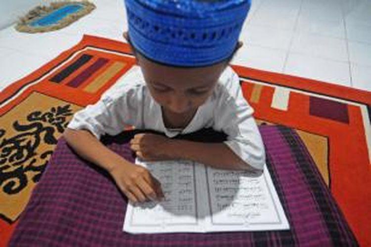 Seluruh pelajar di Pamekasan akan diwajibkan bisa membaca dan menulis Al-Qur'an melalui Peraturan Daerah (Perda).