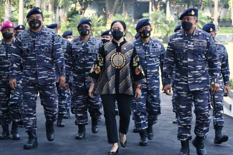 Ketua DPR RI Dr. (H.C.) Puan Maharani saat memberikan kuliah umum di Sekolah Staf dan Komando Angkatan Laut (Seskoal), Jakarta, Rabu (2/6/2021).