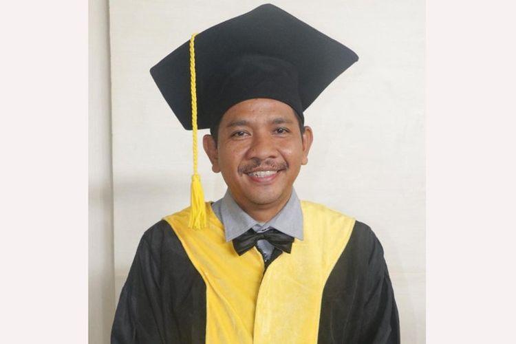 Profesor Abu Rokhmad