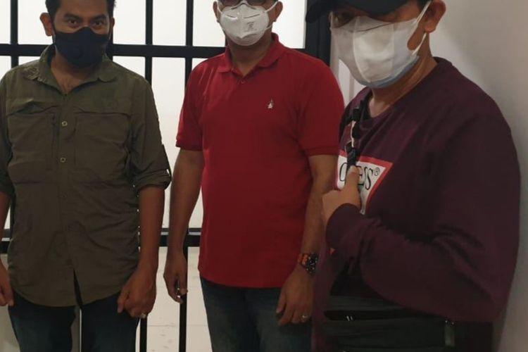 Kejaksaan Agung menangkap seorang buronan tindak pidana korupsi I Gusti Ngurah Ketut Suwiardana, Kamis (4/3/2021) malam.
