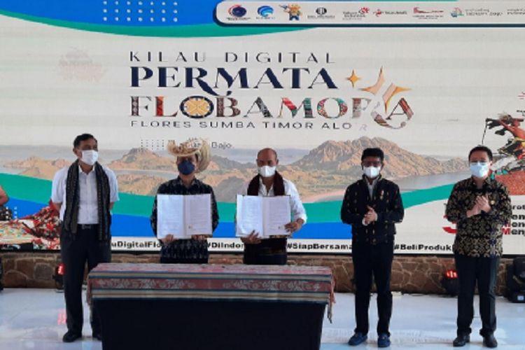 Grab dan Pemerintah Nusa Tenggara Timur menandatangani Nota Kesepahaman (Memorandum of Understanding/MOU) sebagai bagian dari Kerja Sama Provinsi Cerdas (Co-Creating for a Smarter Province) untuk mendukung pengembangan sektor transportasi, sosial, ekonomi, dan pariwisata di wilayah provinsi.
