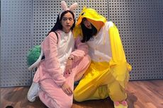 Gemas! Jisoo dan Lisa Blackpink Pakai Kostum Kelinci dan Bebek di Bandara