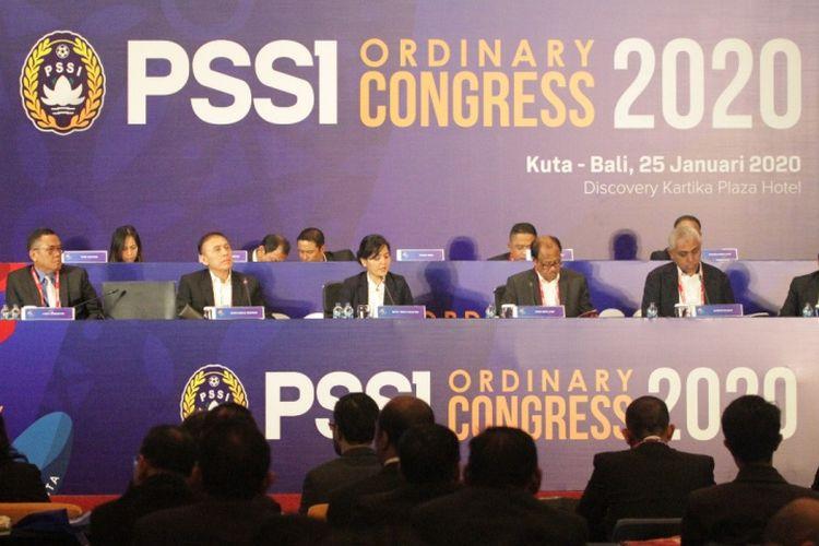 Ketua umum PSSI, Mochamad Iriawan memimpin Kongres PSSI di Bali, Sabtu (25/1/2020).