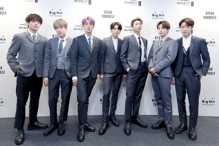 BTS saat akan menggelar konser di Wembley Stadium di London, Inggris, pada 1 Juni 2019.