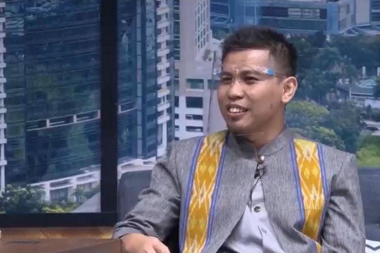 Samsul Huda, alumnus SMK Negeri 1 Blitar, Jawa Timur, berhasil menyandang gelar doktor di usia muda.