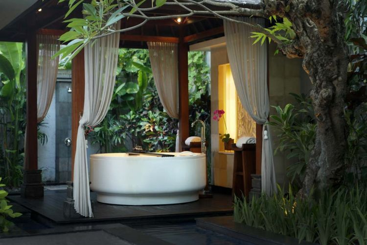 Awarta Nusa Dua Luxury Villas & Spa di Bali.