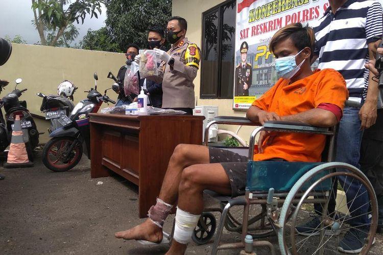 Ar (24) pemuda pengangguran pelaku pembunuhan dan pemerkosaan penjual sayur di Serang, Banten.