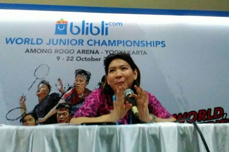 Manager Tim Indonesia Susy Susanti saat jumpa pers usai berhasil mengalahkan Tim Brasil 5-0 pada babak penyisihan Blibli.com Yonex Sunrise BWF World Junior Championships 2017.