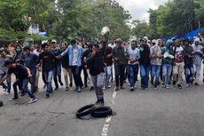 Demo Biaya Sewa Kantin, Mahasiswa Unpatti Blokade Jalan Menuju Bandara