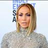 Jennifer Lopez Ikut Terapi Bersama Alex Rodriguez Setelah Pernikahannya Tertunda