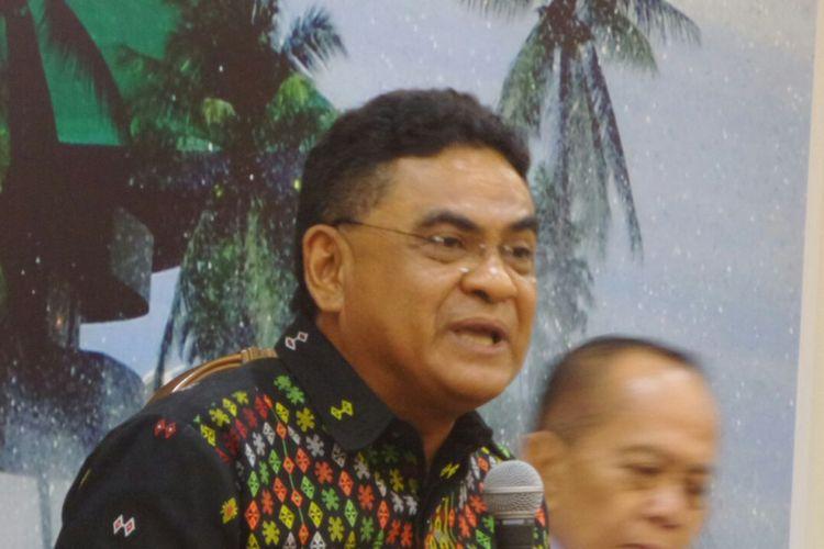 Ketua DPP PDI Perjuangan, Andreas Hugo Pareira di Kompleks Parlemen, Senayan, Jakarta, Jumat (20/10/2017).