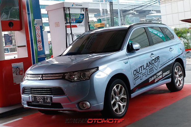 Mitsubishi Outlander Plug-in Hybrid Electric Vehicle (PHEV)