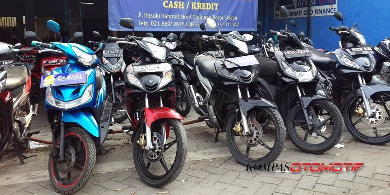 Beberapa tipe sepeda motor bekas masih bisa dijual dengan harga tinggi.
