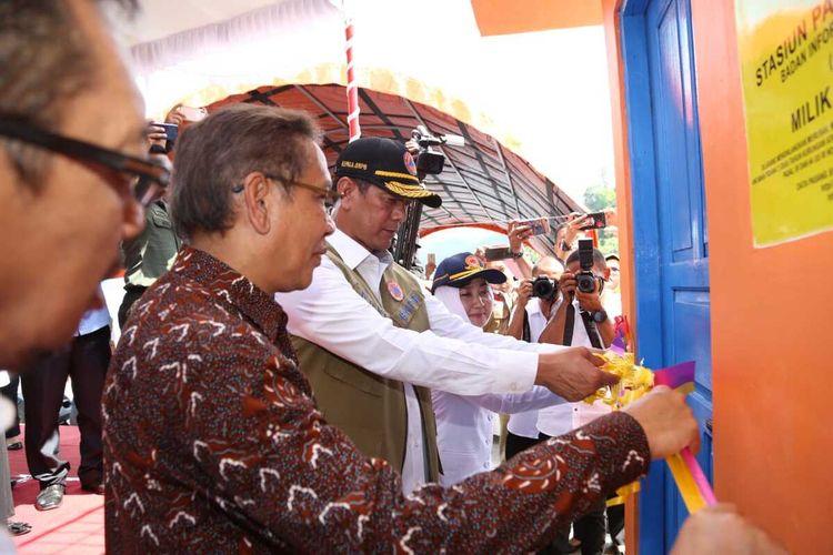 Sistem peringatan dini tsunami di Pelabuhan Perikanan Eri, Ambon diresmikan, Rabu (11/12/2019)