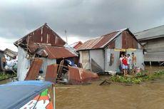 Kapal Tongkang Hantam 4 Rumah di Pinggir Sungai Musi, Tak Ada Korban Jiwa